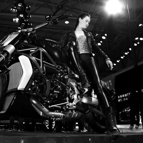 青岛老摄影家协会,青岛市女摄影家协会,青岛网络电视台摄影论坛,五月